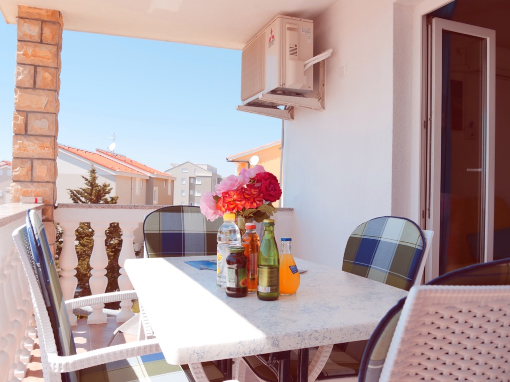 novalja-apartments-zrce-beach